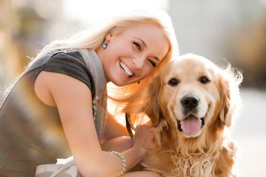 """5 Τρόποι να πείτε """"σ'αγαπώ"""" στον σκύλο σας και να σας καταλάβει"""