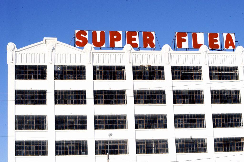 Flea hotel - super flea