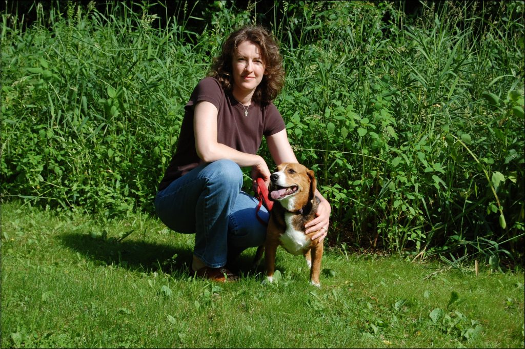 vet rebecca mccomas and dog
