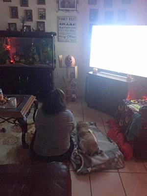 daisy-and-mom-watching-tvjpg