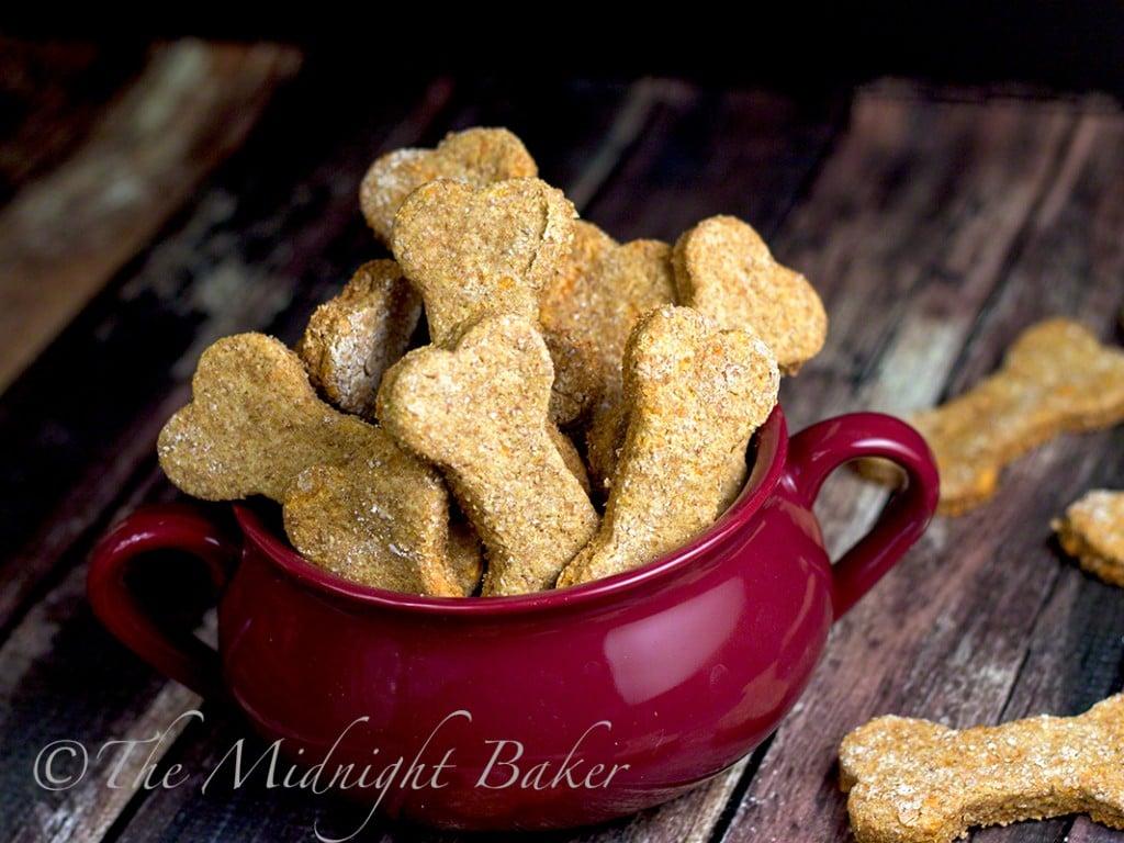 the-midnight-baker-greek-yogurt-dog-cookies