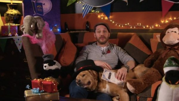 Tom Hardy and his Dog are about to Read You a Bedtime Story [Video]