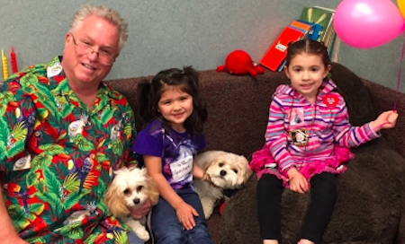 Therapy Dogs Make a Visit to the Dentist Less Painful | The