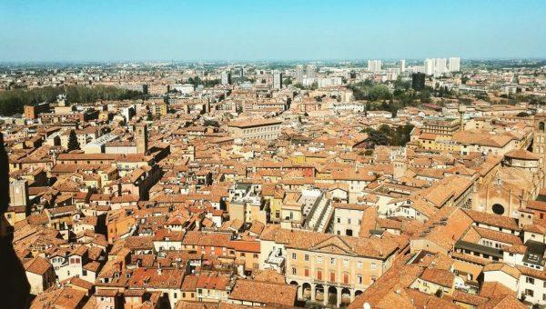 Dove passeggiare con il tuo cane a Bologna e dintorni