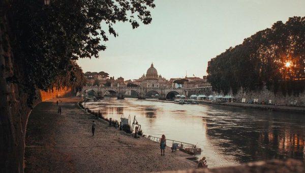 Dove passeggiare con il tuo cane a Roma e dintorni