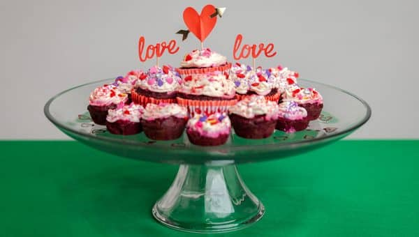 How to Make Red Velvet Pupcakes for Your Furry Valentine
