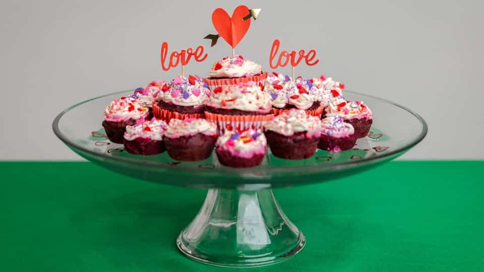 red velvet valentine cupcakes for dogs