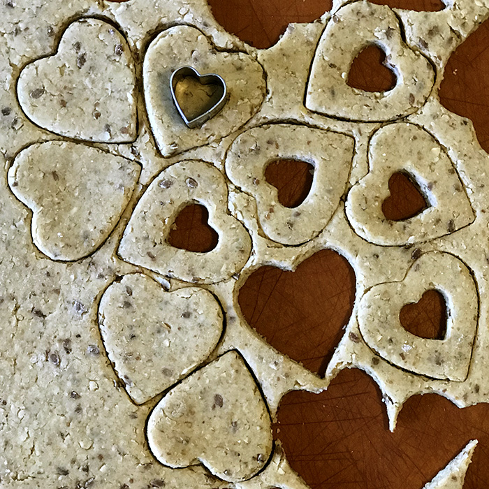 peanut butter and jam heart cookie recipe for dogs