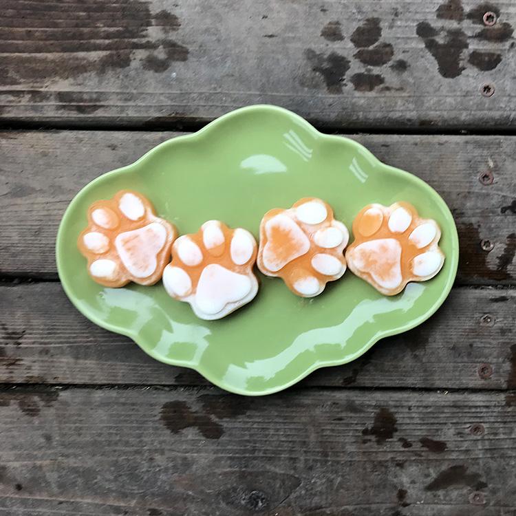 cantaloupe and yogurt frosty paw treats
