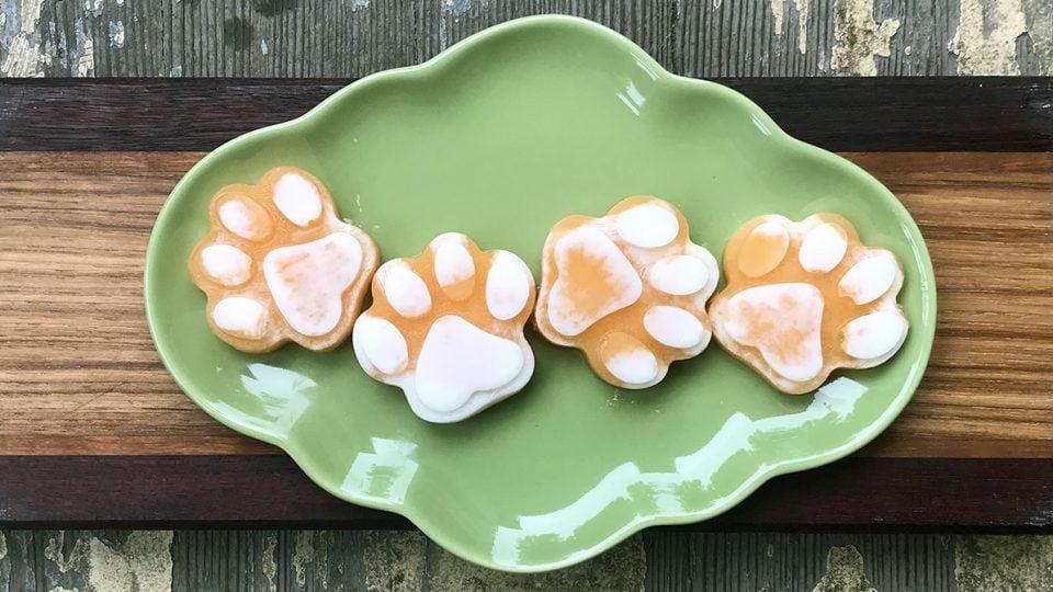 cantaloupe and yogurt pawprints