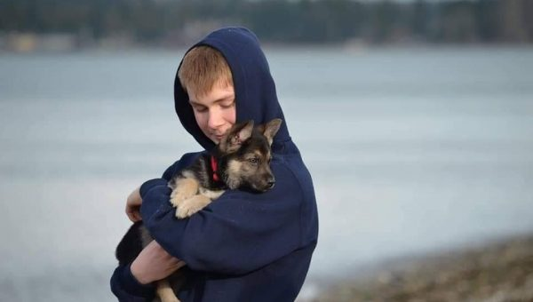 Community Bonds Over Terminally Ill Puppy's Bucket List