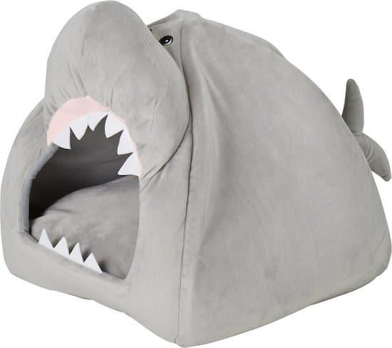 Frisco shark bed