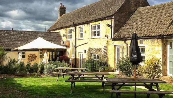 Top 6 Dog-Friendly Pubs in Peterborough