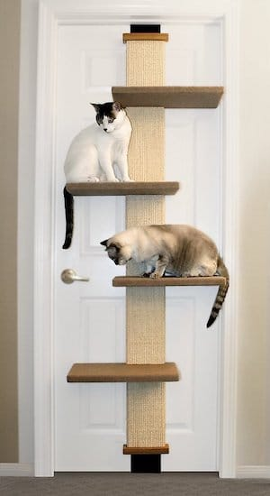 door-mounted scratcher with platforms