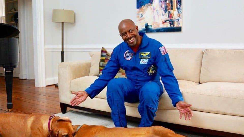 Astronaut Leland Melvin Went From The Nfl To Space To Dog Rescue