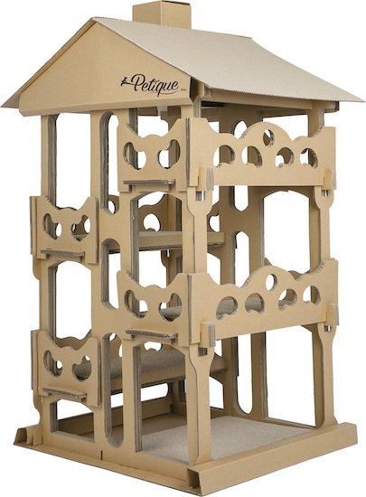 Petique cardboard chateau