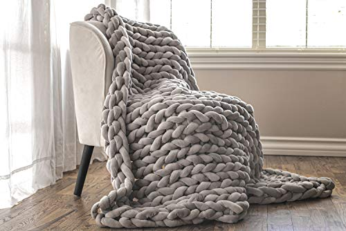 ColeyBear Weighted Hand Woven Chunky Knit Yarn Blanket