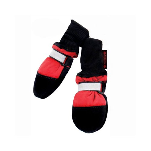 Muttluks fleece-lined dog boots for winter safety