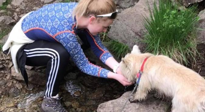 Biologistudent ønsker firbent venn!, hundepassere i Bergen