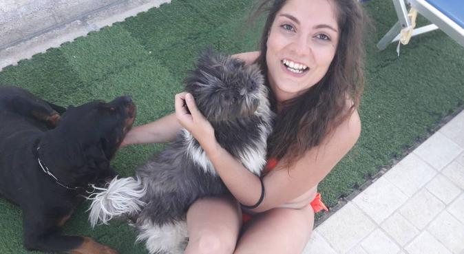 Studentessa appassionata di cani, dog sitter a Parma