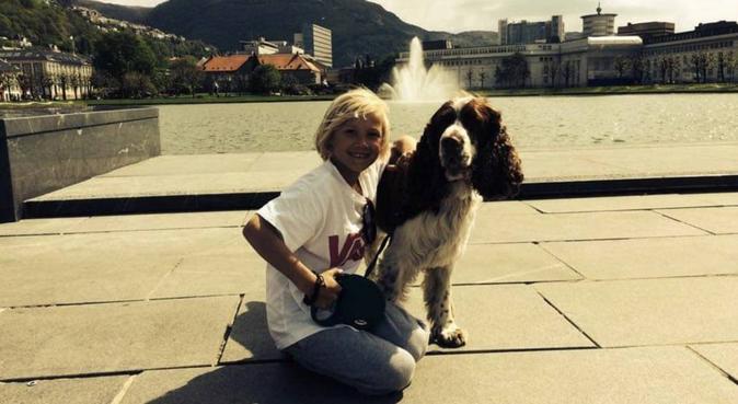 Familie på fire som ønsker en hundevenn!, hundepassere i Oslo, Norge