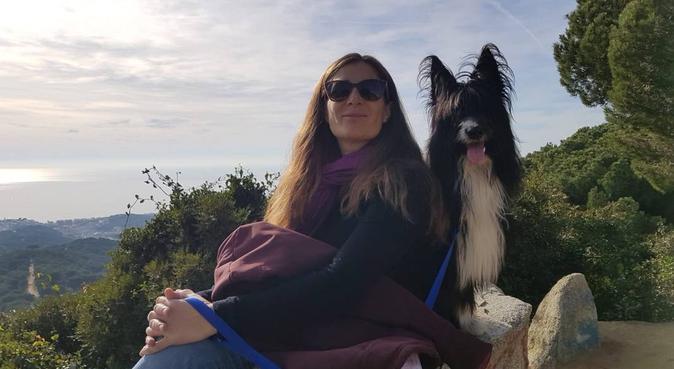 ES-ENG-CAT. Aire libre y actividades para tu perr@, canguro en Badalona