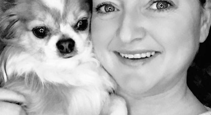 Camilla og Lucas - elsker Ladestien og selskap, hundepassere i Trondheim, Norge