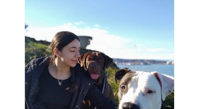 Cuidadora de perros con experiencia, canguro en Gijón