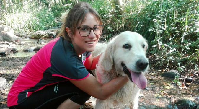 Cuidadora de confianza y Auxiliar veterinaria, canguro en Barcelona