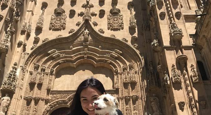 ¡Trato excepcional, amor y juego!, canguro en Salamanca