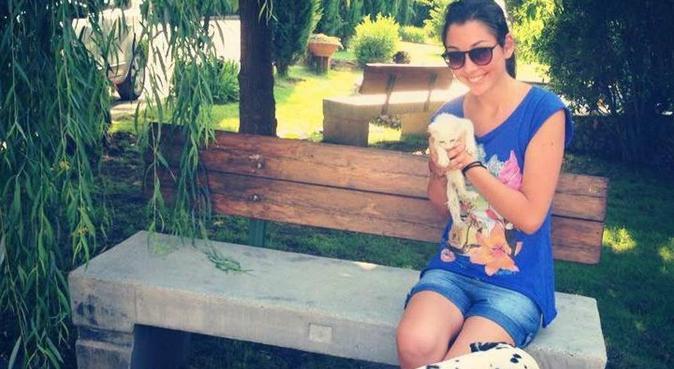 coccole e felicità per il tuo cane, dog sitter a Napoli