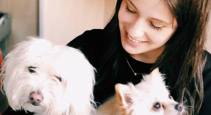 Mucho amor perruno 🐶🙈❤️, canguro en Cornellá de Llobregat