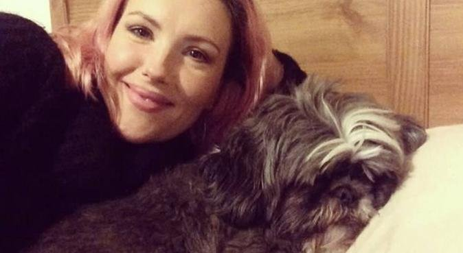 Nicky & Mona welcome pooches of Henley, dog sitter in Henley-on-Thames