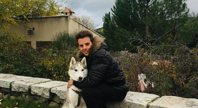 Perros felices 🐕 Dejamos huella 🐾, canguro en Arroyomolinos, España