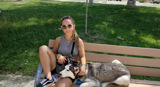 Auxiliar de veterinaria, amante de los animales, canguro en Zaragoza