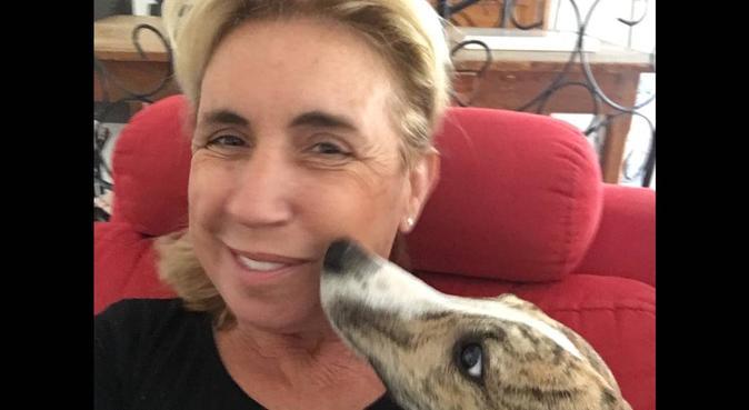 Maison à câlins pour nos amis les chiens, dog sitter à Buros