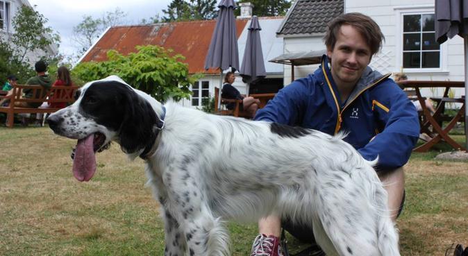 To snille hundepassere klare for oppdrag!, hundepassere i Bergen