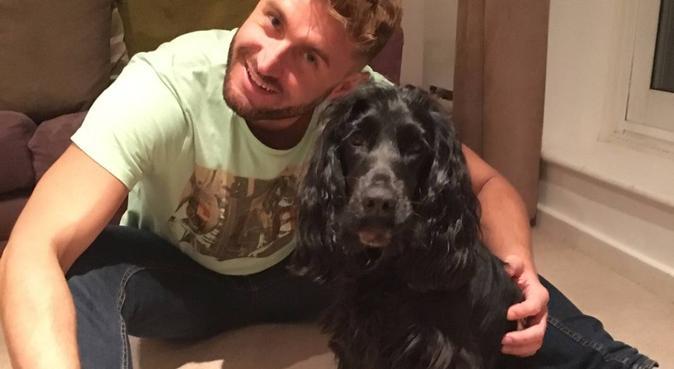 Dog Lover: Sitting & Snuggles in Leafy Kennington, dog sitter à London