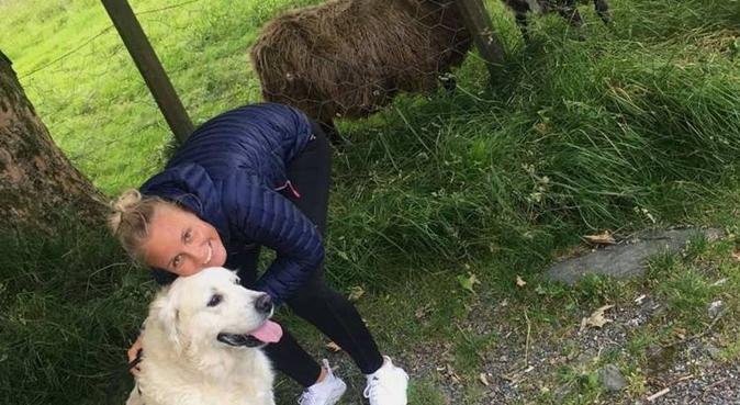Smil rundt munn med en hund!, hundepassere i Sandsli