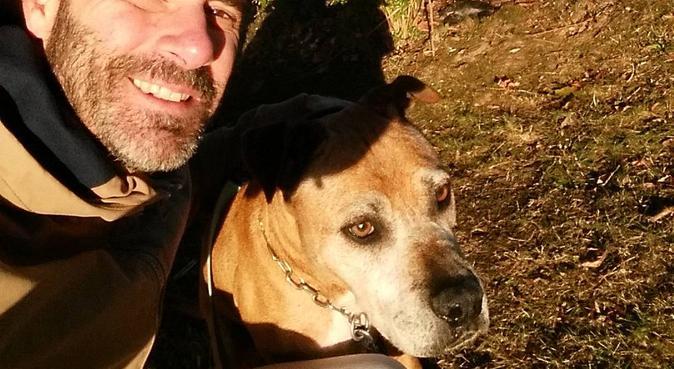 Loïc le Petsitter au service de ses hôtes ;), dog sitter à Guyancourt