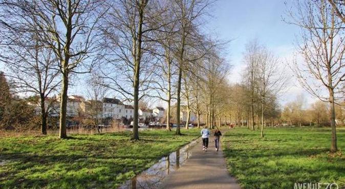 Dogs'lovers en appartement, proche de parcs !, dog sitter à Nantes