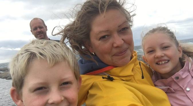 Familie som er glad i å gå på tur, hundepassere i Oslo
