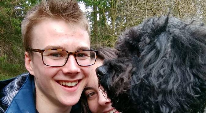 Enthusiastic student missing dog from home!, dog sitter in Glasgow
