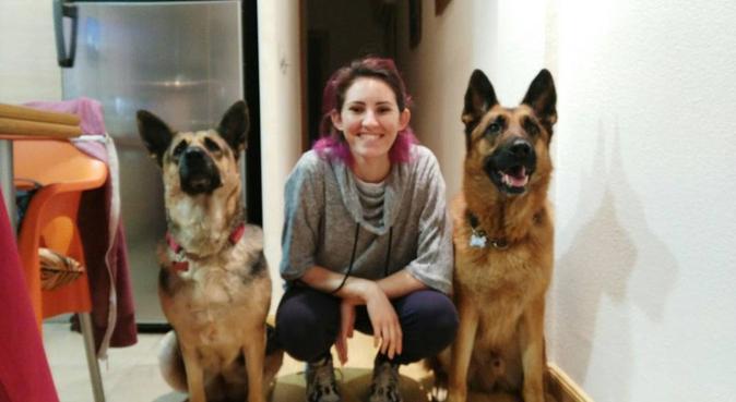 Dog sitter, dog sitter in Woking