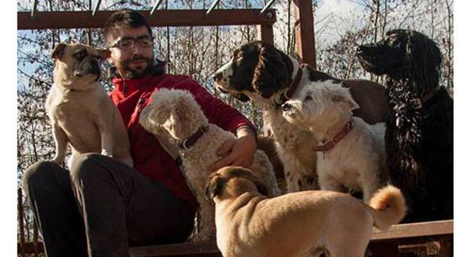 Cuidador de perros profesional, canguro en El Vendrell