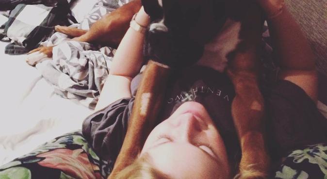 Kärleksfull & engagerad hundpassning, hundvakt nära Uppsala, Sverige
