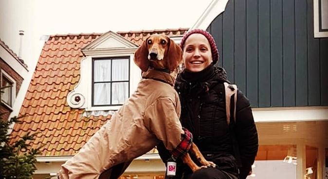 Bella Vita, hondenoppas in Den Haag, Nederland