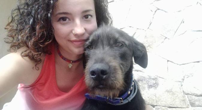 Passeggiate tranquille con Vale, dog sitter a Quartu Sant'Elena