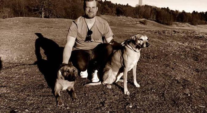 Hundälskare i södra Halland, hundvakt nära Mellbystrand