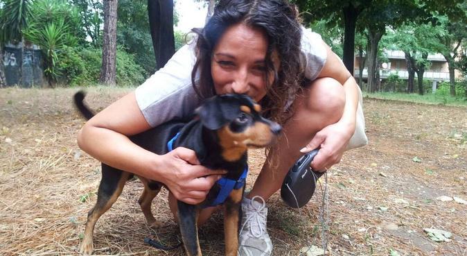 Coccole e tante passeggiate, dog sitter a Roma